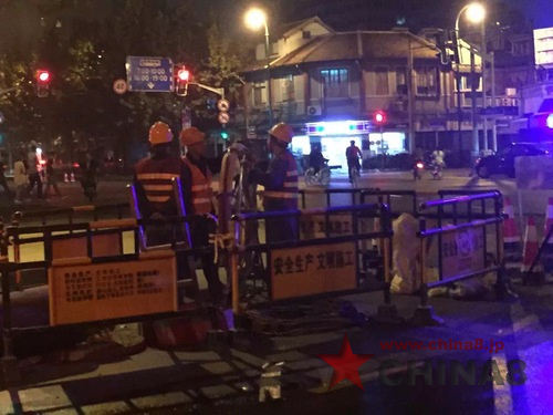 夜間道路工事 上海